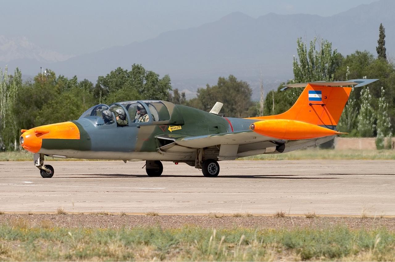 Argentina_Air_Force_Morane-Saulnier_(FMA)_MS-760_Paris_Lofting-2