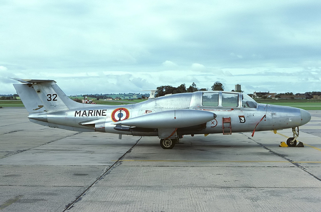 Morane-Saulnier_MS-760_Paris,_France_-_Navy_AN1033371
