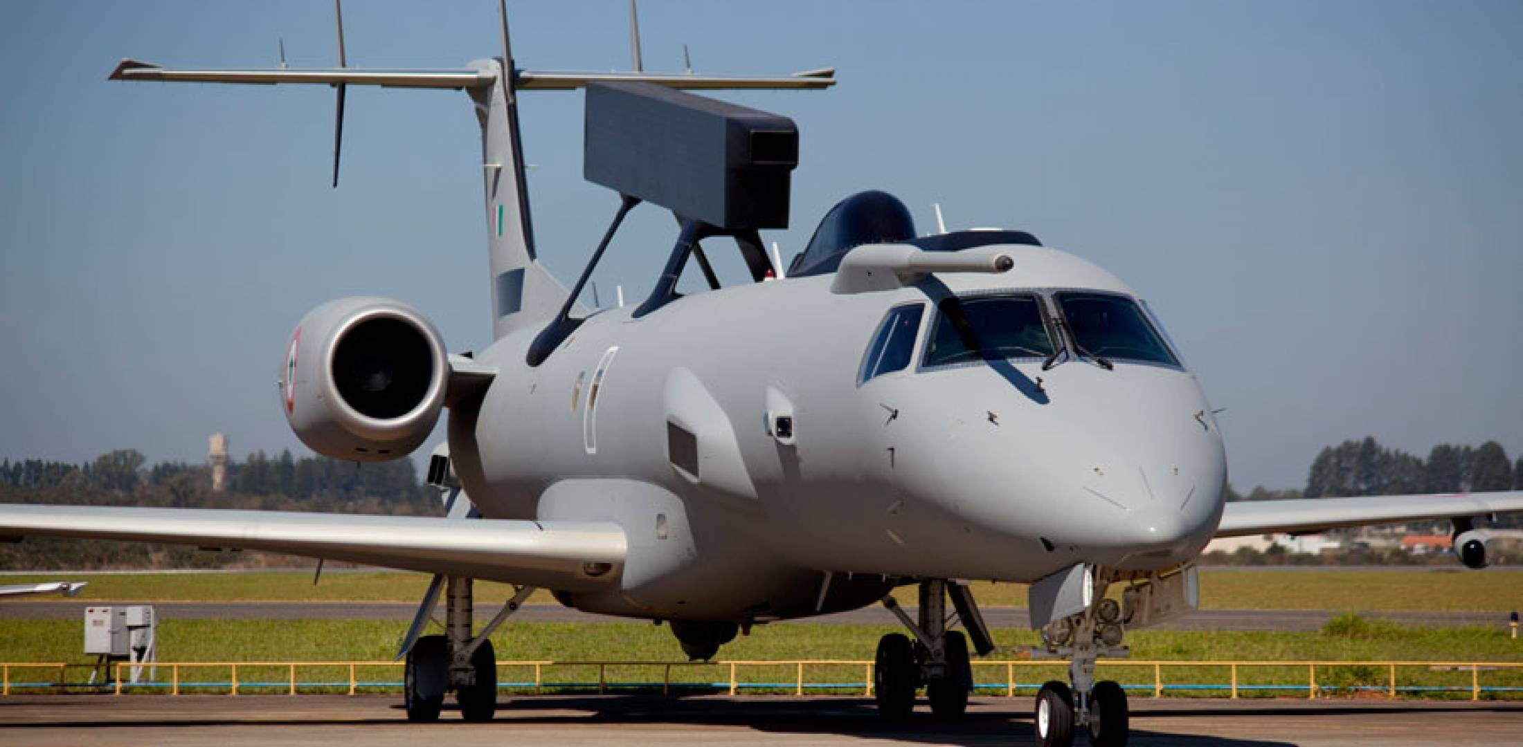 emb-aewc de la fuerza aerea india