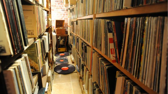 0000 vinyl collector