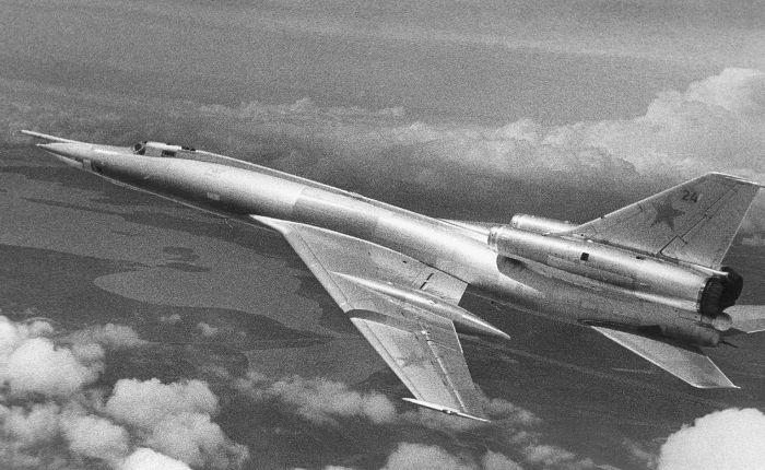 Tupolev Blinder, bello y mortal… para sustripulaciones