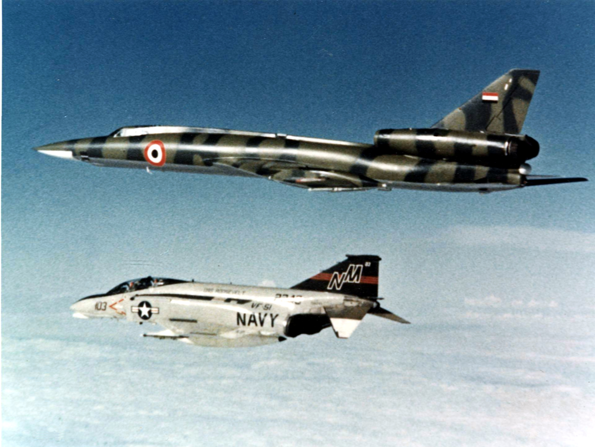 f-4n_of_vf-51_intercepts_libyan_tu-22_1977