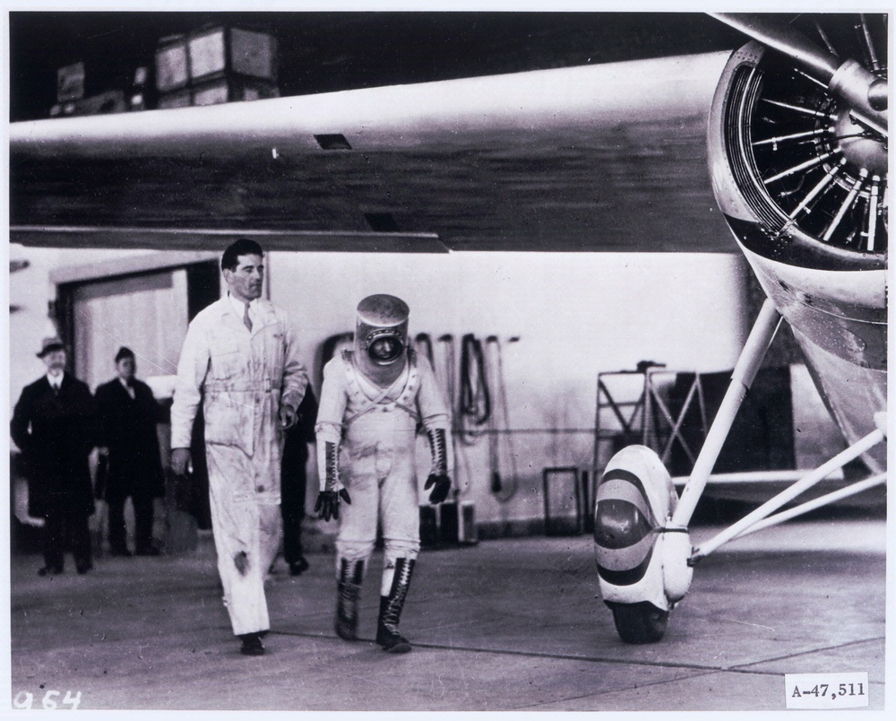 Wiley post presure suit