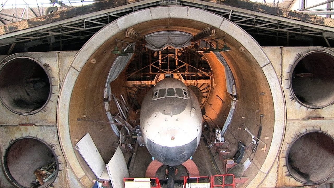 Barnes Wallis Strattospheric chamber