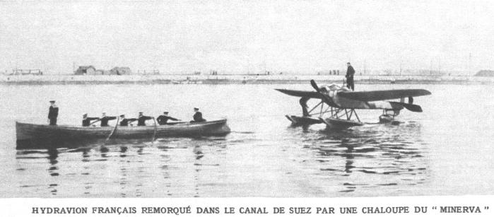 Hydravion_militaire_francais_sur_le_canal_de_Suez_mars_1915