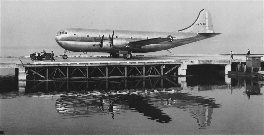 US 1943-27470 XC-97 1944-10-27 Seattle