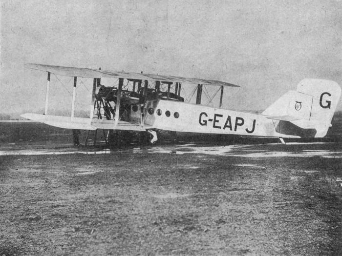 Handley_Page_W.8_prototype_L'Année_Aéronautique_1919-1920