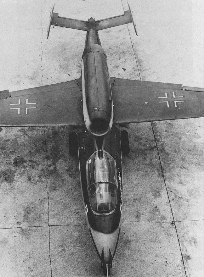 Heinkel He 162 3