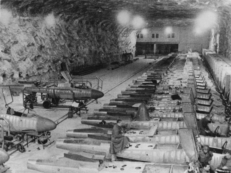 Bei Mödlingen, unterirdische Flugzeugproduktion