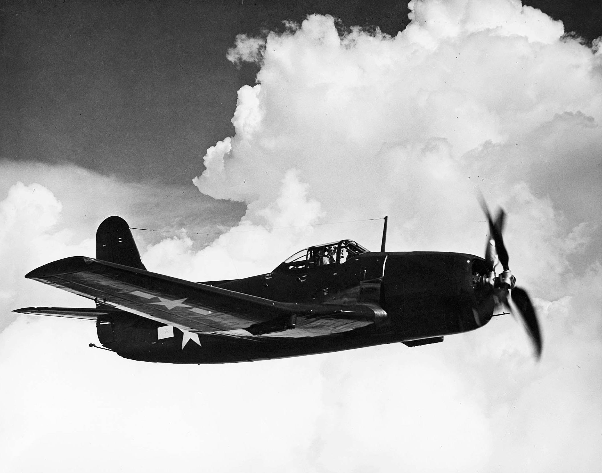 Curtiss_XBTC-2_Model_B_in_flight