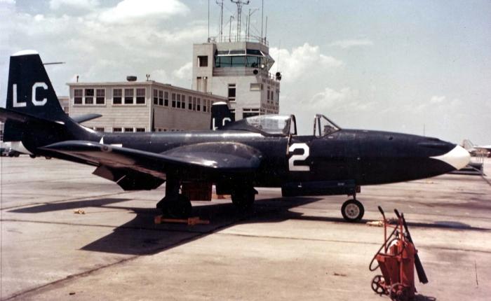 FD-1, primer Phantom de la MarinaEEUU