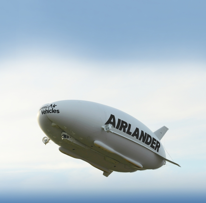 Hybrid-Air-Vehicles-Airlander-Flight-Side