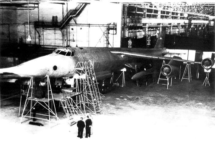 myasishchev-m-52-mock-up