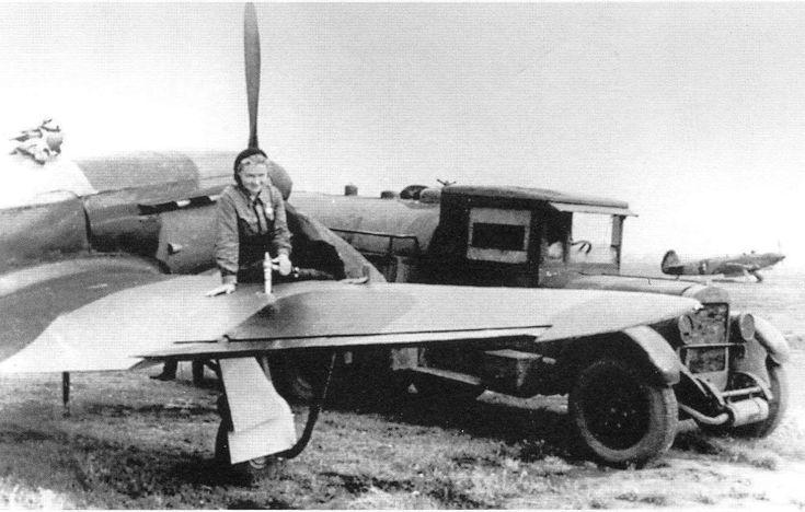 Yakovlev Yak-1 2