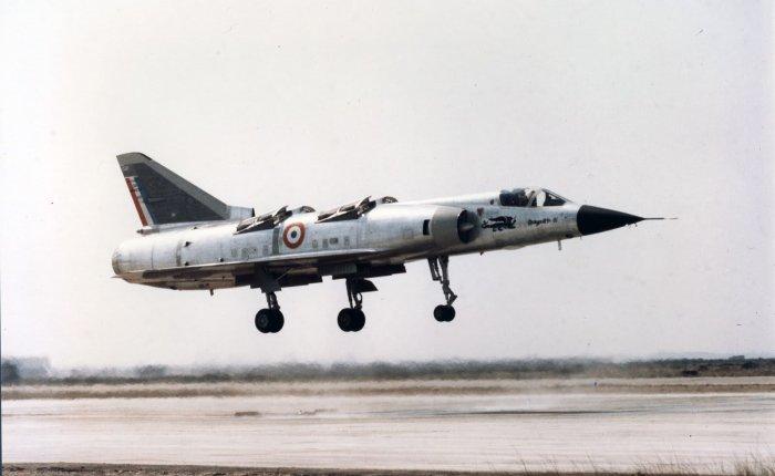 Mirage III V, VTOL con capacidadsupersónica