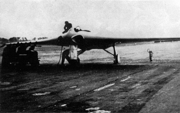Plane H-IX v2 ready to fly in Oranienbaum