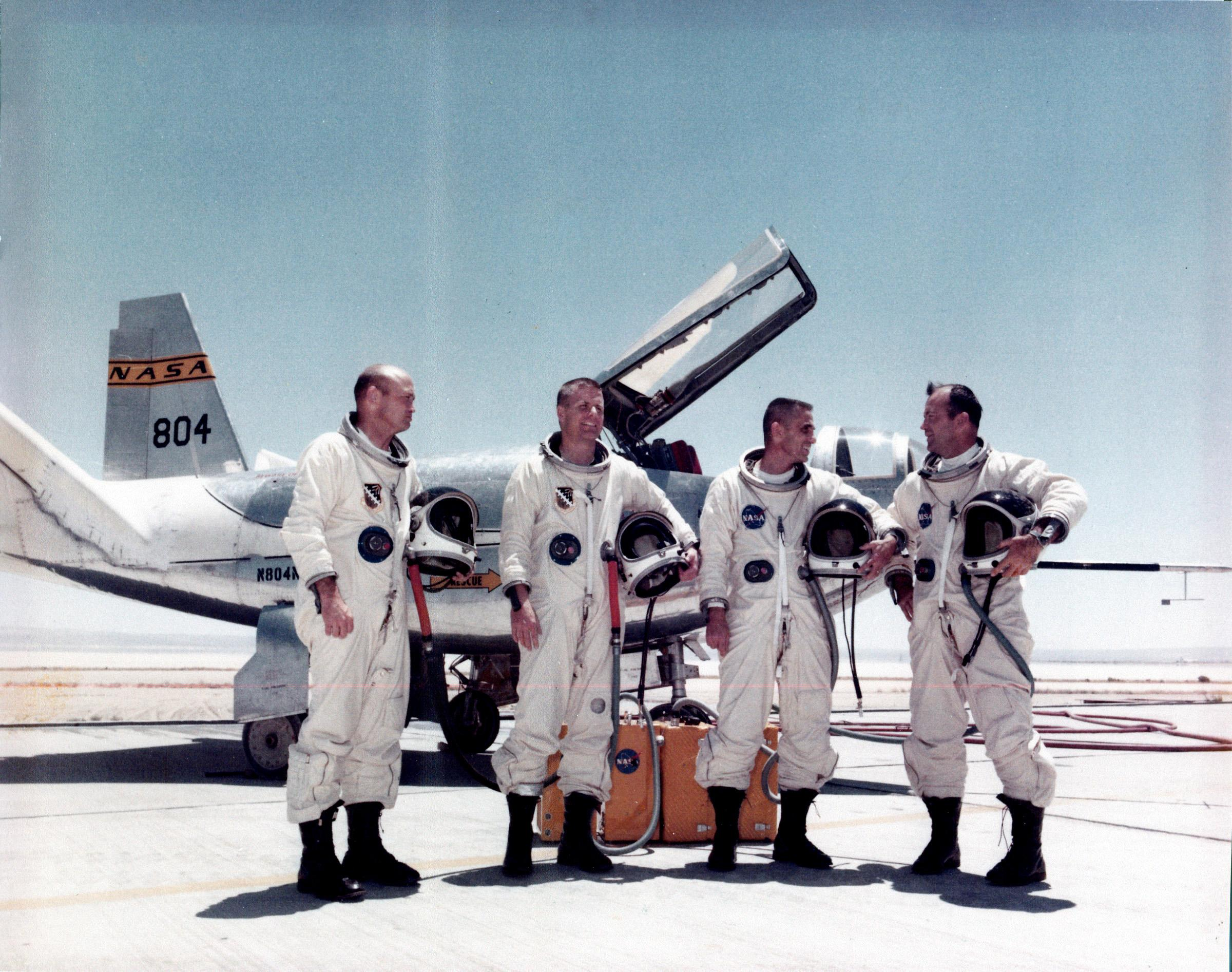 299998main_lifting_body_pilots_full Jerry Gentry, Pete Hoag, John Manke and Bill Dana are lined up by the HL-10 lifting body aircraft.