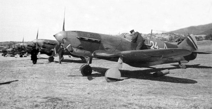 LaGG-3-66-24-9-IAP-Black-Sea-Fleat-Novorossiysk-Spring-1944