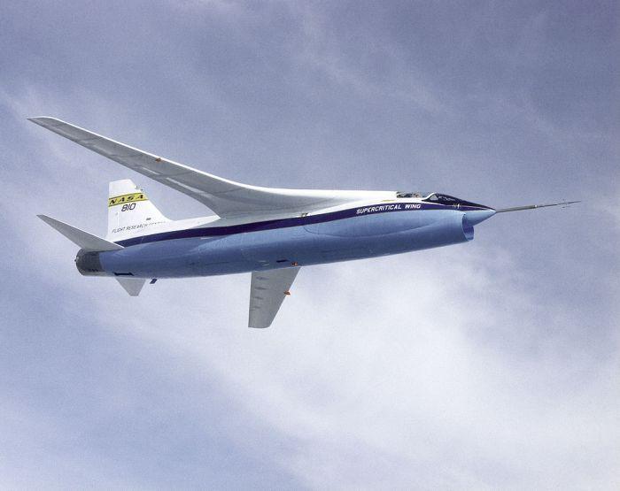 NASA_F-8A_Crusader_Supercritical_Wing_Aircraft