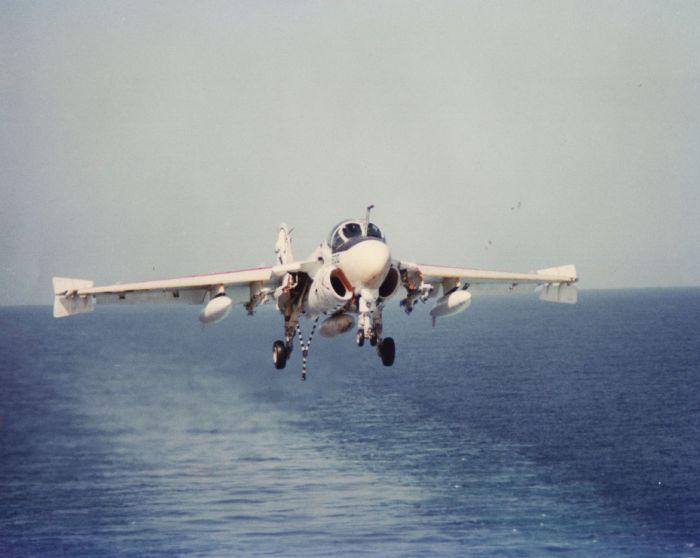 A-6 BD-landing