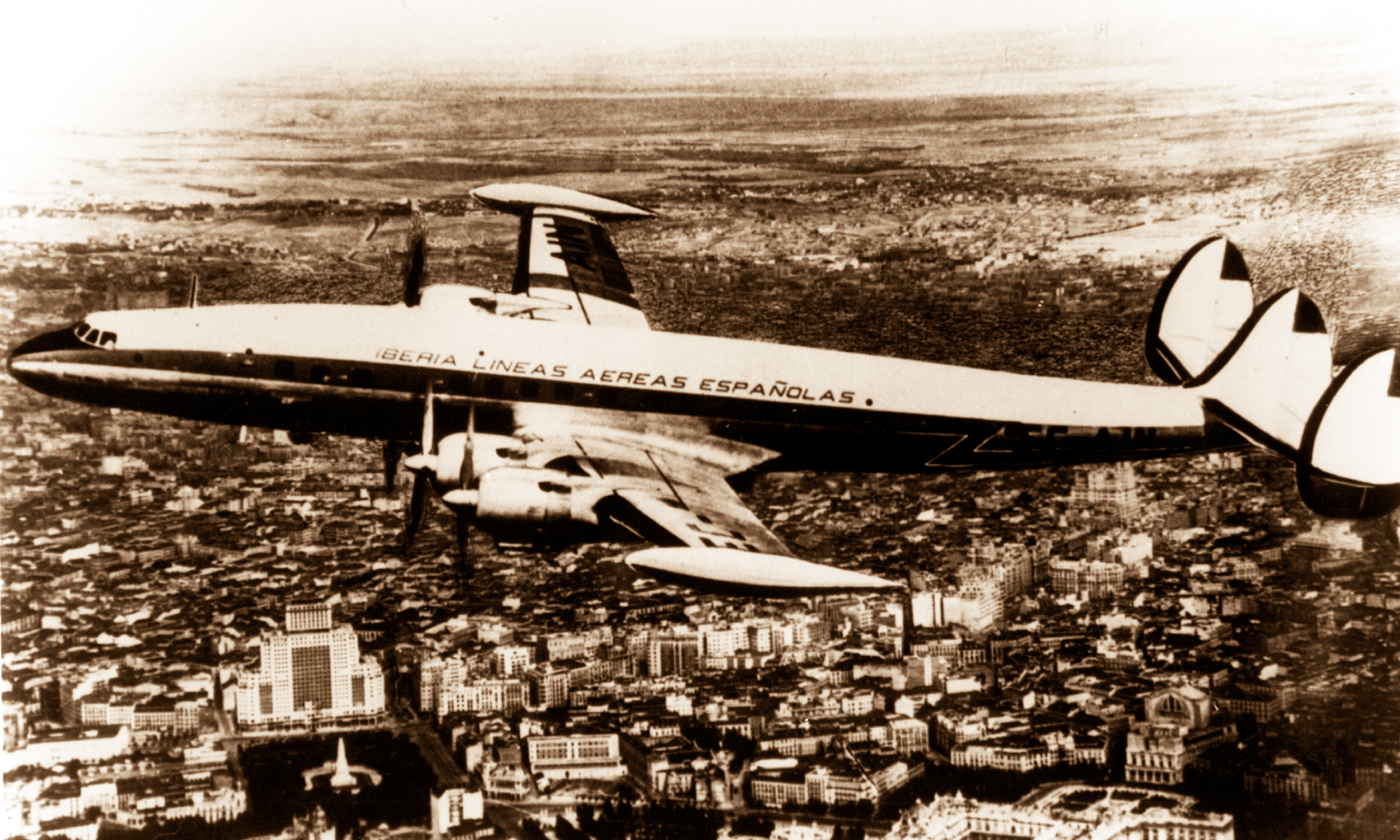 Lockheed_superconstellation_013