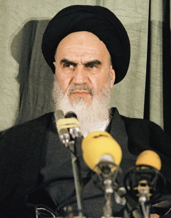 Ruhollah-Khomeini-1979