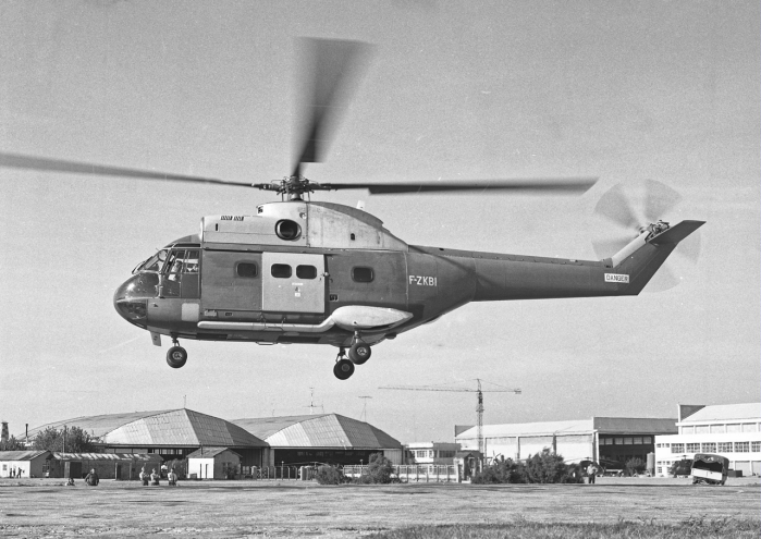 UM42324-1