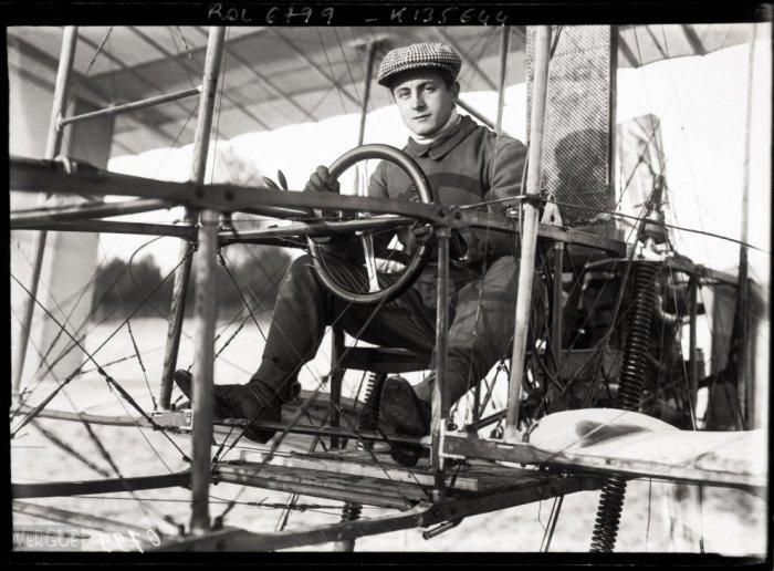 Andre Bellot y su Voisin septiembre 1909