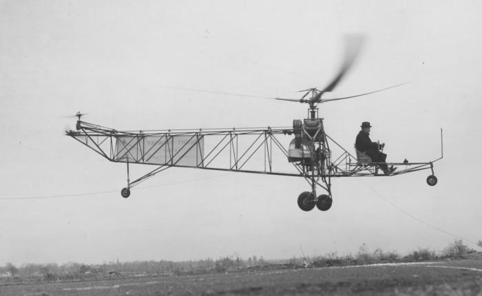 Sikorsky vuela su primerhelicóptero