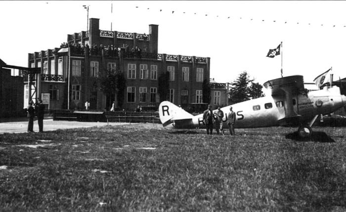 Polikarpov PM-1, biplano de pasajerosúnico