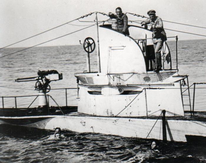 German_UBoat_U27_Sunk_19_August_1915_with_crew